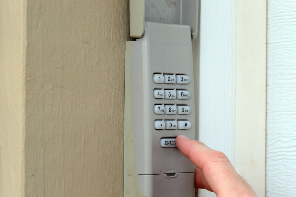 7 Tips for Fixing Garage Door Keypad Issues